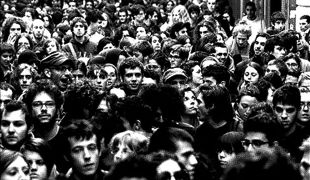 Crowd in Italy, 2008, from the book Sono Anna Adamolo